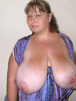 mature milfs chubby tits pic