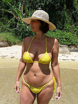materfamilias in bikini amature porn
