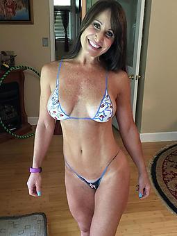 matured milf bikini amatuer