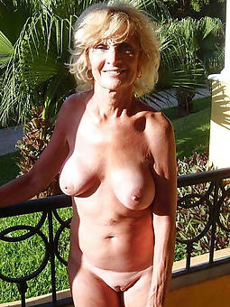 milf mature blonde xxx pics