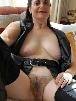 brunette mature ladies hot porn show