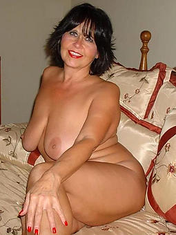 brunette lady truth or bet pics