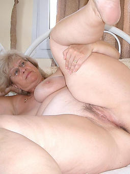 chubby mature cunt porn galleries