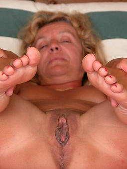 nylon mature fingertips adult porn