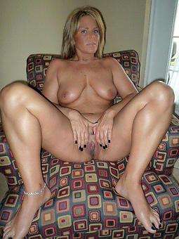 grown-up ex girlfriend amatuer stripping