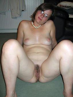 elderly lass to glasses porno
