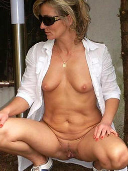 ladies take glasses porno pics