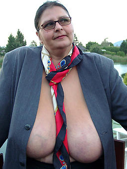 mature women about glasses hot porn pics