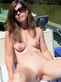 mature women in glasses nudes tumblr