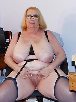amature erotic mature column back glasses