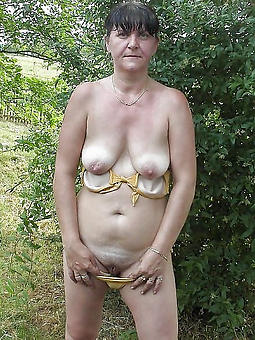 mature granny stockings amateur milf pics