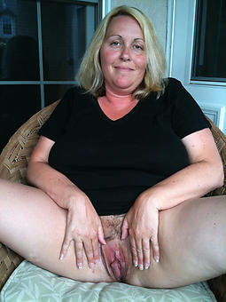 naked lovely muted ladies pics