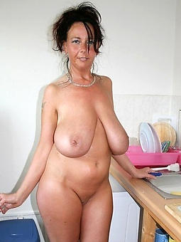 pretty housewives old lady