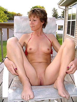 hotties off colour lady legs pics