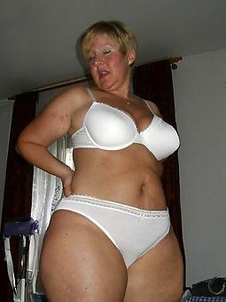 cougar matured aristocracy in undergarments pics