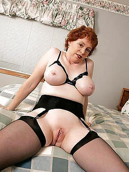 real mature lady in lingerie porn pics