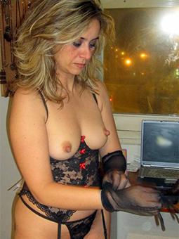Ladies In Sexy Lingerie Pics