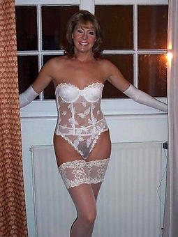 old lady in lingerie free naked pics
