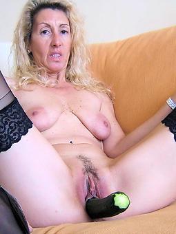 matured milf masterbation amature porn pics