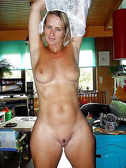 mature big tit milfs free sex pics