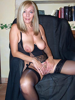 pictures for naked blanched mature moms