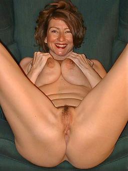 Naked Moms Pics