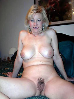 mature mom trotters free porn