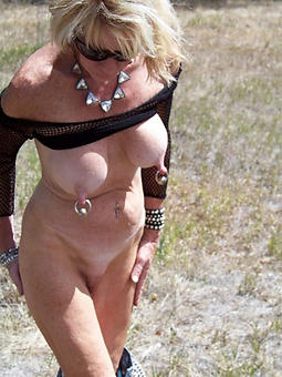 whore horny gentlemen with chunky nipples pics