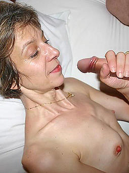 amature unshod mature women with large nipples