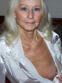 motive busty old lady nude pictures