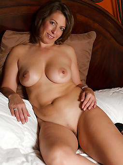 adult wifes naked strip