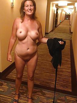 erotic mature wife free naked pics