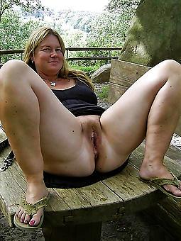 mature ladies pussy marauding