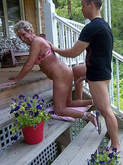 mature lady fucks pictures