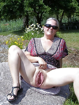 Ladies Upskirt Pics