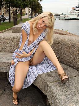 mature lady upskirt amateur milf pics