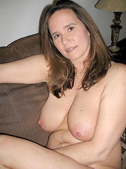 natural matured ladies with chubby boobs