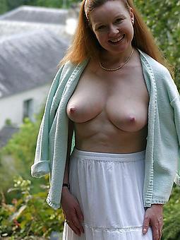 hustler beamy boob lady