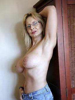 mature dabbler solo porn pellicle