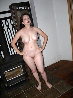 hot pictures of mature ladies solo