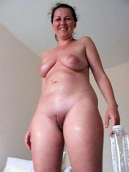whore adult shaved pussy photos