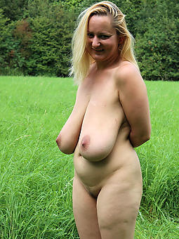 Lady Saggy Tits Pics