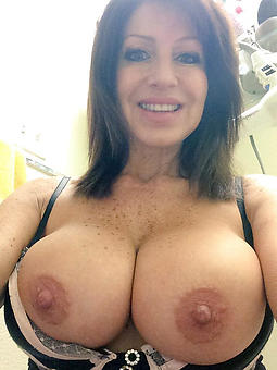 mature lady selfshots sexual connection pictures