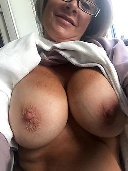 mature lass selfshots nudes tumblr