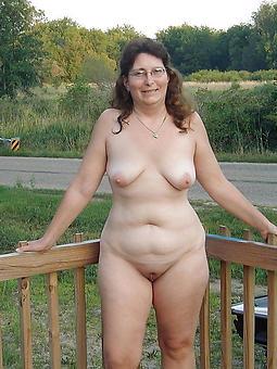 Curvy Nude Ladies Pics