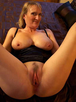 older mature housewives definiteness or dare pics