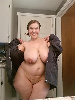 X-rated fat mature ladies tease