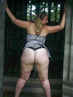 luring big booty aged gentlefolk