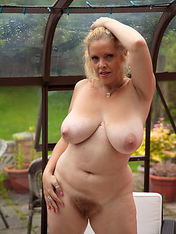 pictures of busty old woman porn