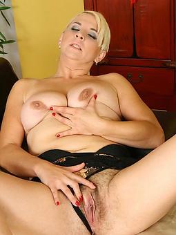 hot blonde mom amature porn